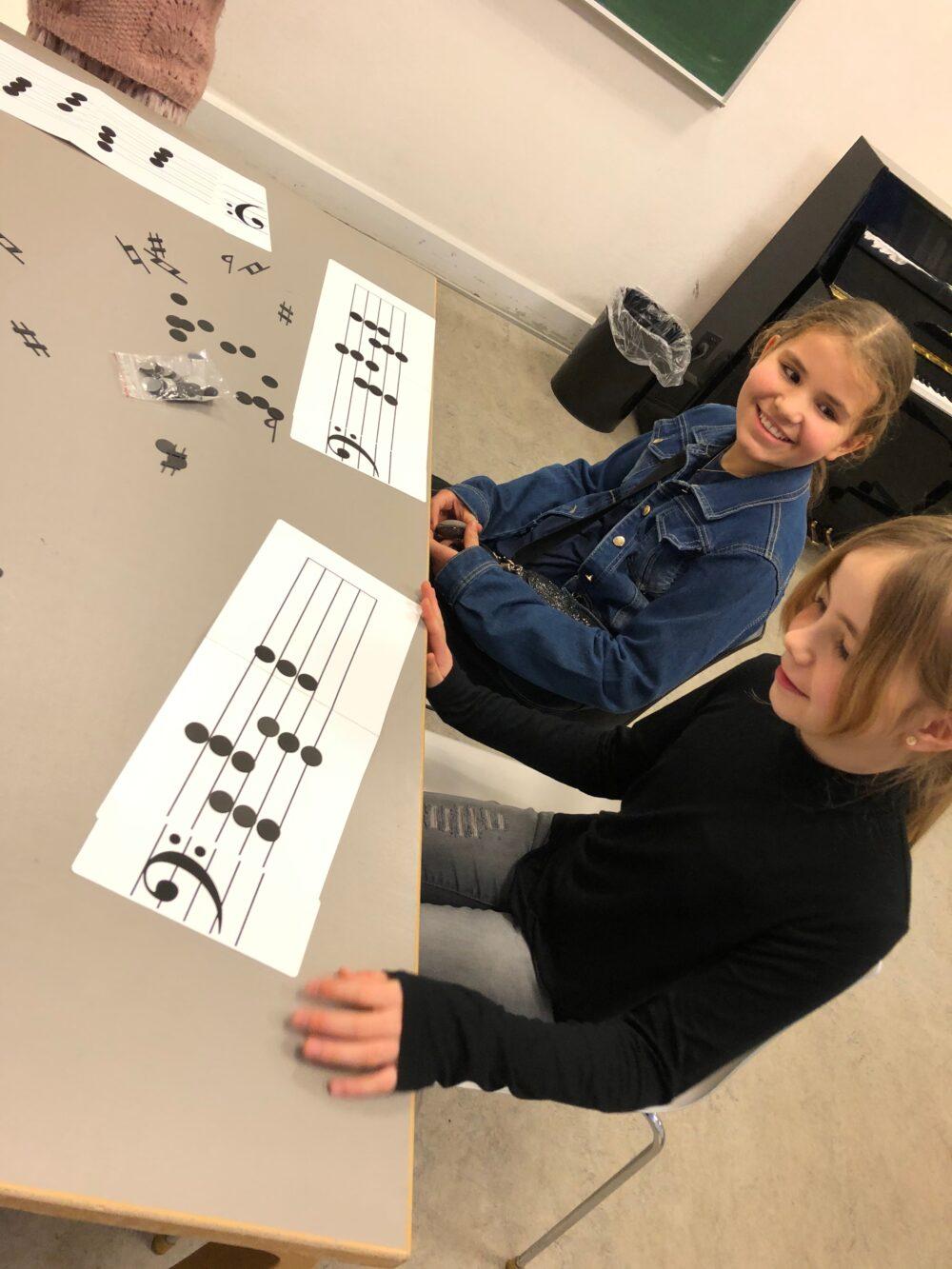 Music Work Out - Musikteori, spil, musikbøger og hørelære